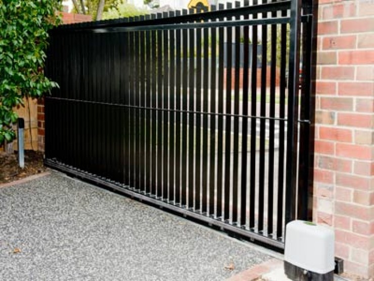 solid-steel-sliding-gate